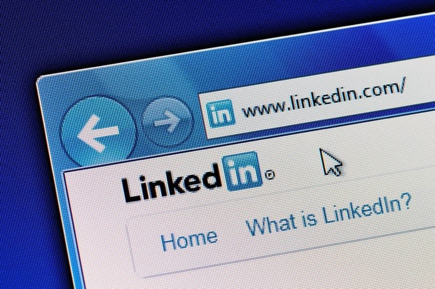 Add Personality To Your LinkedIn Profile With A Custom Background